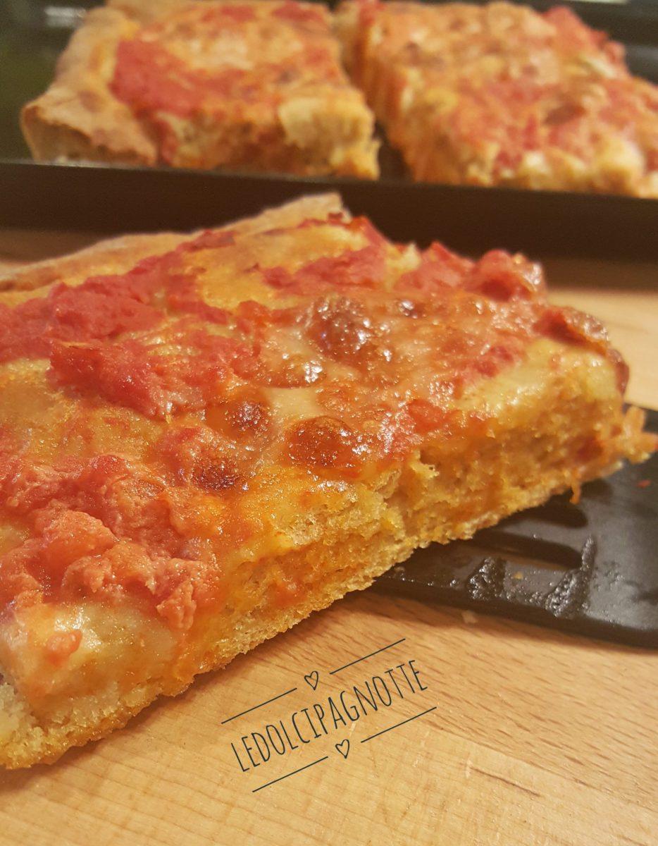 Pizza di farina di farro monococco e latte