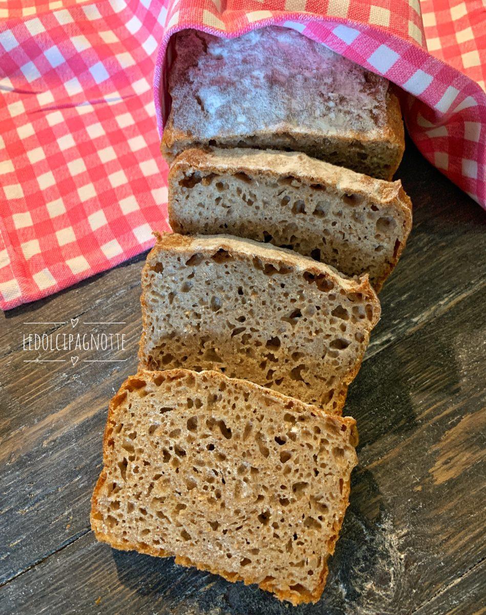 Pane di segale e farina integrale